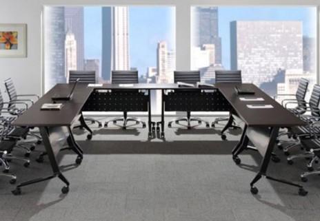 Tables à plateau rabattable empilables