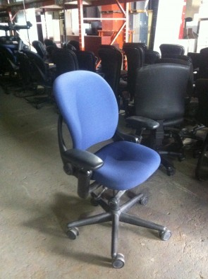 Chaises Steelcase a roulettes